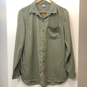 Olive green tencel casual button up shirt